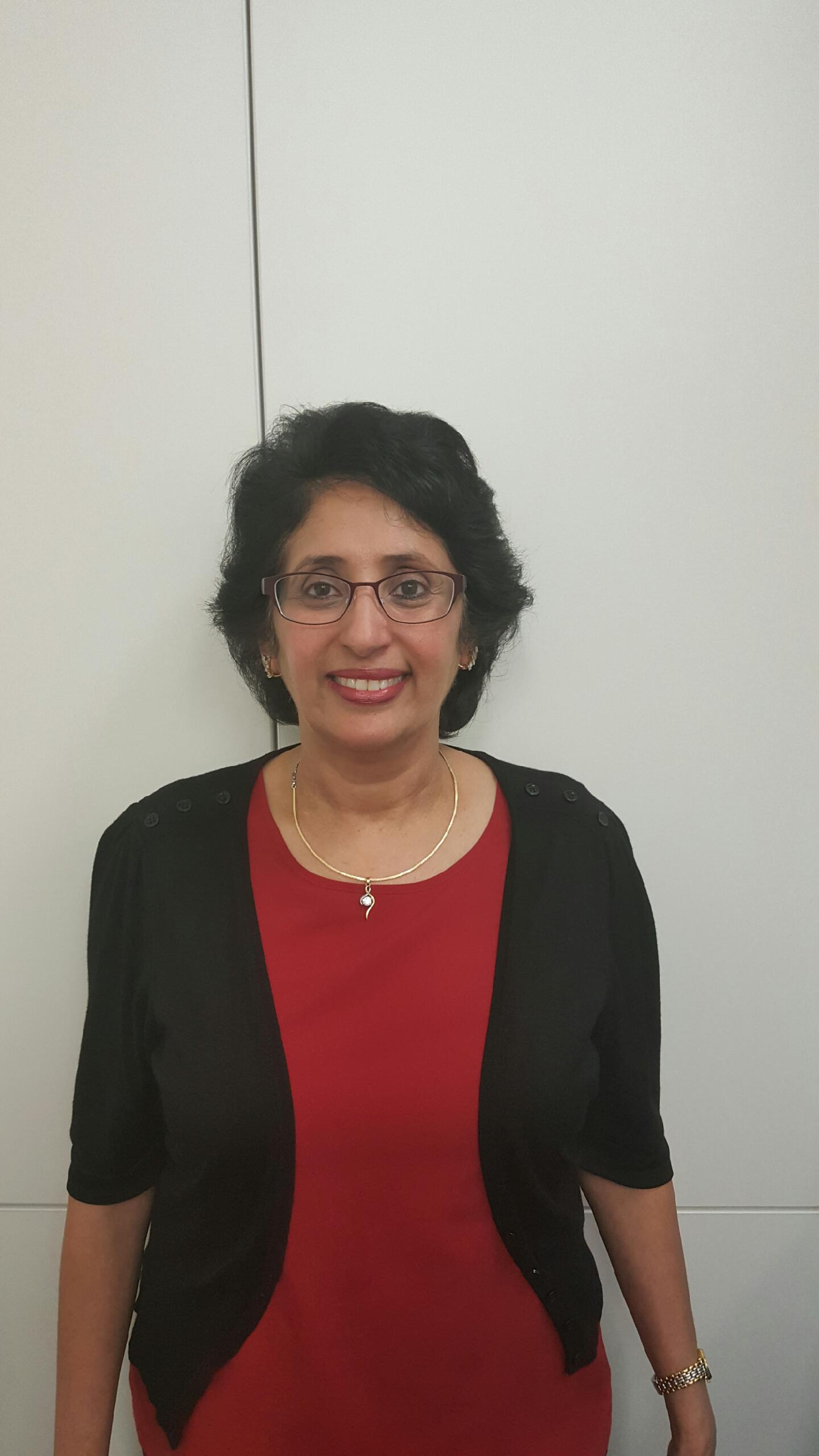 Photo of Dr Sunita Singh
